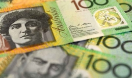 Decline of Australian dollar slower on Friday