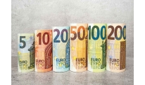 Euro somewhat stronger amid ECB meeting