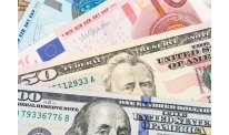 Euro to US dollar rate somewhat stabilizes after previous collapse