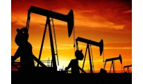 Oil weaker on unclear signals
