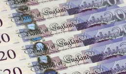Sterling benefits from Brexit progress