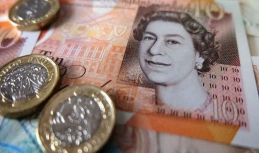 Sterling shows good stance by week's end