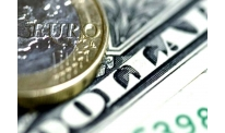 US dollar moves and Italian budget issue in focus of euro
