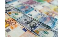 US dollar slightly improves expecting Friday economic reports