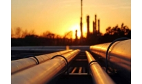 Benchmark oil posts moderate rise on Monday
