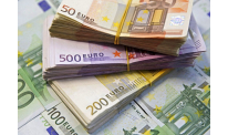 Euro peaks on strong economic performance in euro-area