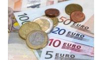 Italian budget concerns put pressure on euro