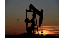 Oil prices improve in mid-week