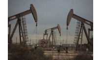 Oil prices keep moving upwards in mid-week