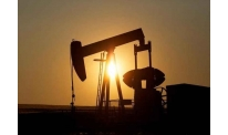 Price rise in oil market gathers pace on upcoming US reserves report