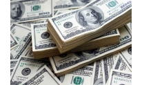 US dollar stays positive at week end